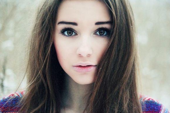 Девушка без макияжа на аву
